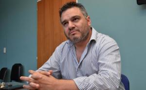 Álvarez dejaría el Gabinete Provincial para ir por una banca en Diputados