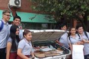 Escuelas realizan campaña de recolección de uniformes para estudiantes que no pueden comprar