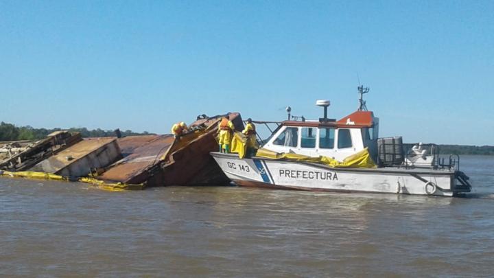 barcaza1.jpg