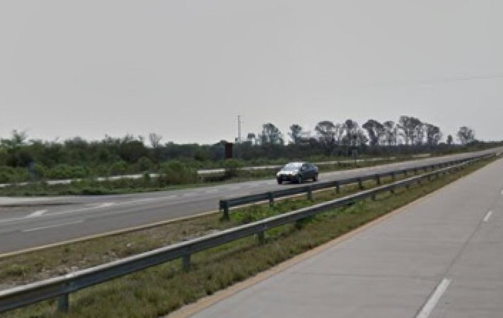 Ruta 14: Joven viajó por más de 1200 pesos en remis y se fue sin pagar