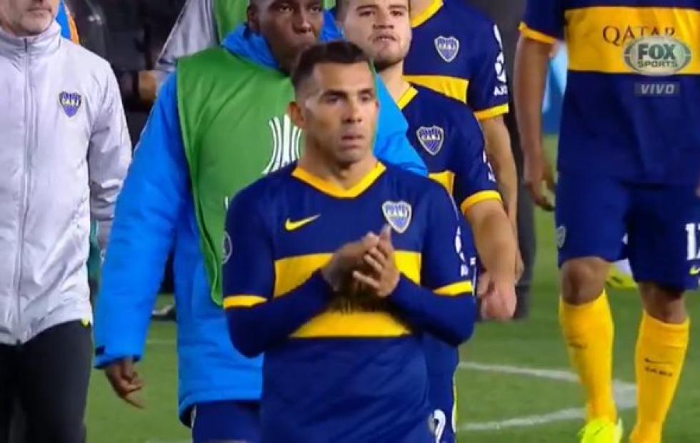 Video: El polémico gesto de Carlos Tevez tras la derrota de Boca ante River en la Copa Libertadores