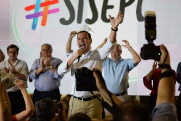 Valdés en presentación de candidatos en Corrientes
