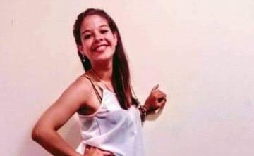 Joven Reina Corrientes