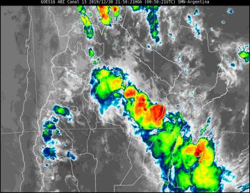 Corrientes: Renuevan alerta meteorológico por tormentas fuertes en el corto plazo