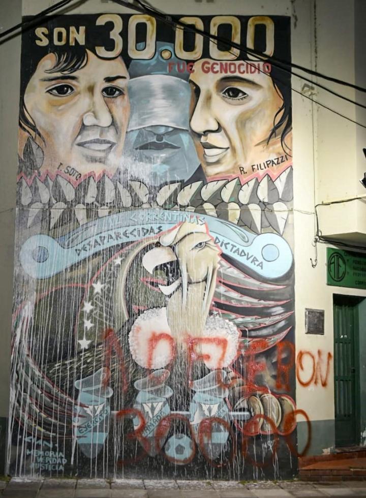 Corrientes: siguen los ataques negacionistas contra murales en homenaje a las víctimas de la última dictadura cívico-militar
