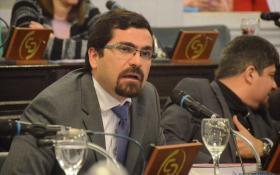 Diputados y el Defensor del Pueblo instan a la DPEC a devolver montos refacturados