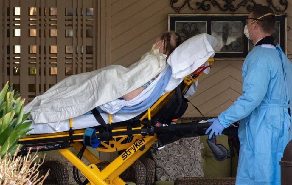 ¿Un nuevo síntoma? Una enfermera descubrió una extraña coincidencia entre los pacientes que atendió por COVID-19
