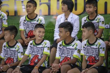 equipo tailandes.jpg