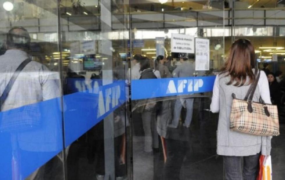 Monotributistas y autónomos pueden pedir créditos a tasa 0 hasta el 30 de septiembre