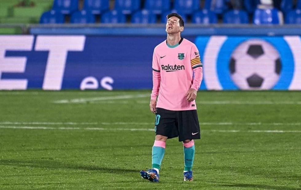 Barcelona y Real Madrid llegan al clásico con una derrota previa después de 17 años