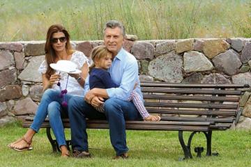 macri-y-su-familia-de-vacaciones-en-villa-la-angostura.jpg