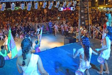 Presentación-y-Coronación-Carnaval-Popular-Esplendor-005-800x445.jpg