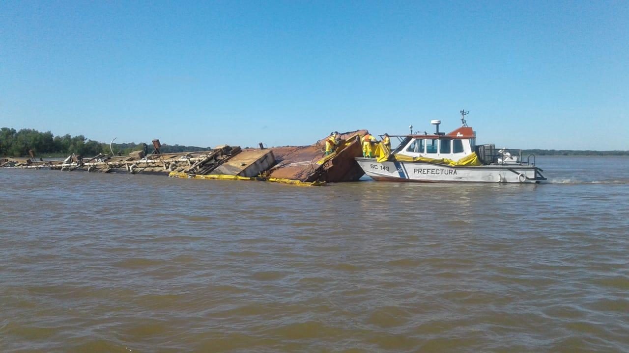 barcaza2.jpg