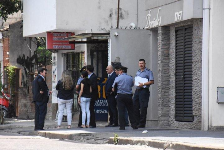 Conmoción en Corrientes por la muerte de un adolescente que cayó de un edificio