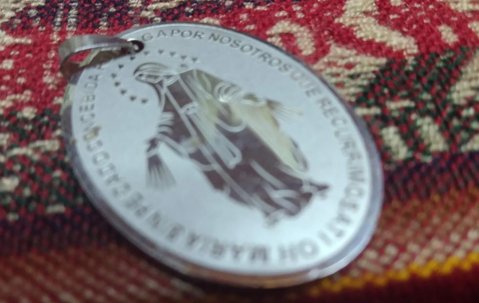 ¿Qué significa y cómo se debe usar la Medalla Milagrosa?