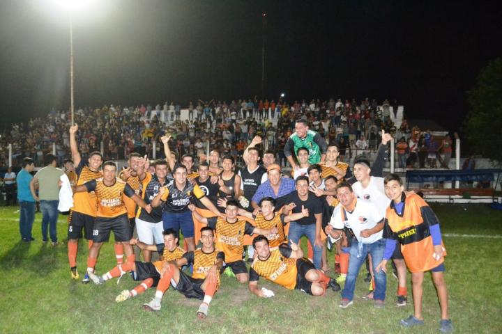 LSF Final 1 Centenario campeon.jpeg