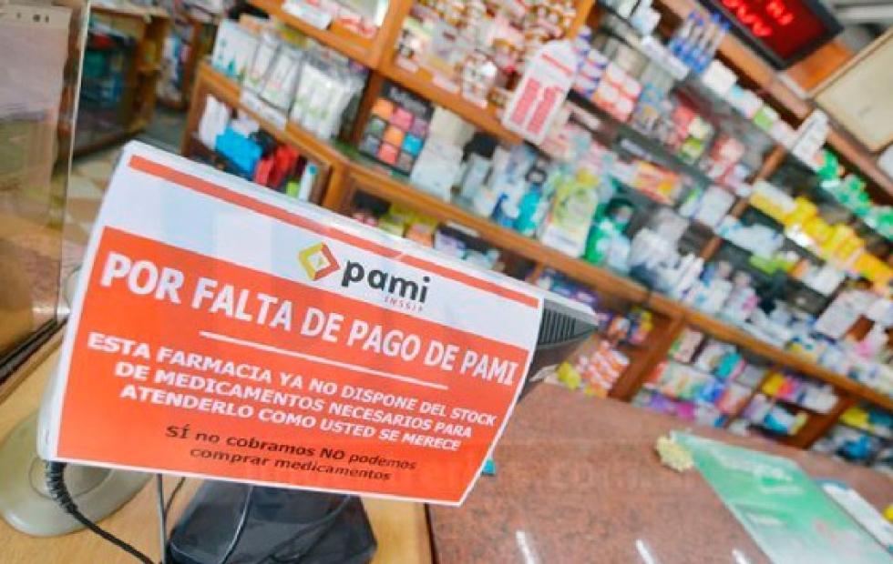 Corrientes: farmacias podrían dejar de atender al PAMI por deuda millonaria macrista