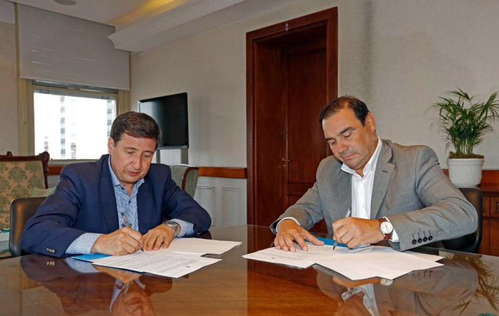 Gustavo Valdés y Daniel Arroyo acordaron la llegada de la Tarjeta Alimentaria a Corrientes