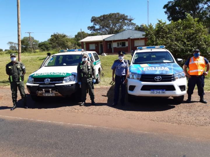 gendarmeria y policia 2.jpg