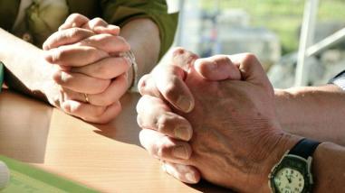 orar en silencio.jpeg