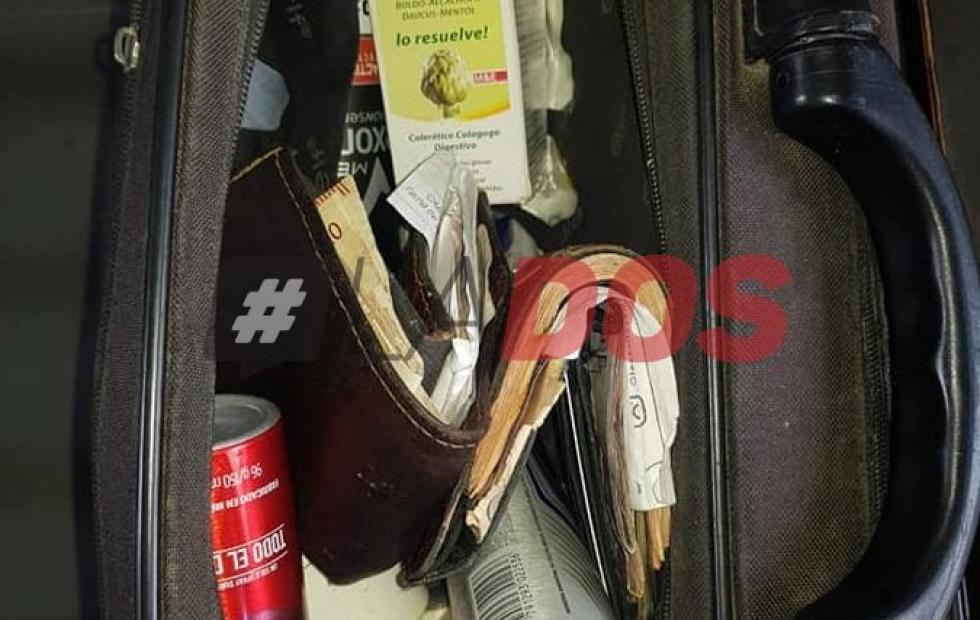 Solidaridad correntina: un policía devolvió un maletin con más de 60 mil pesos