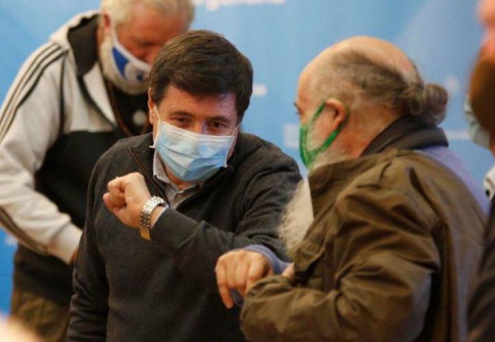 El ministro Daniel Arroyo dio positivo de coronavirus