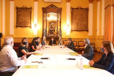 reunion Valdes con legisladores.jpg