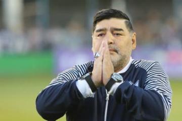 maradona3.jpg
