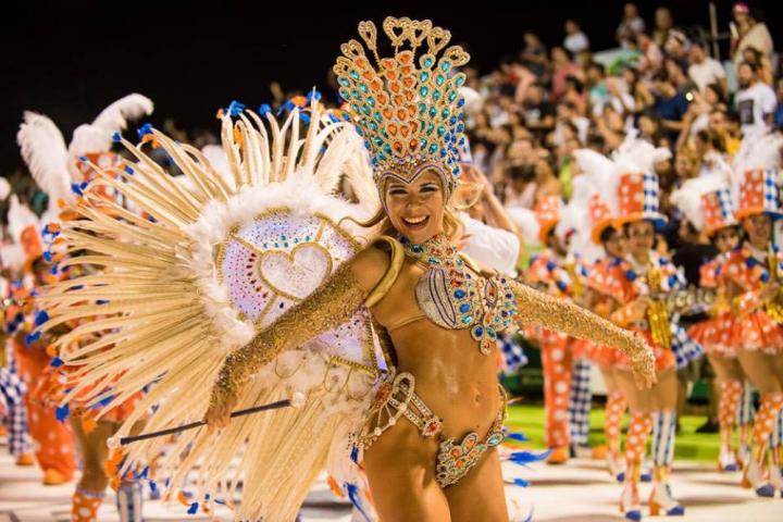 carnavalapp.jpg