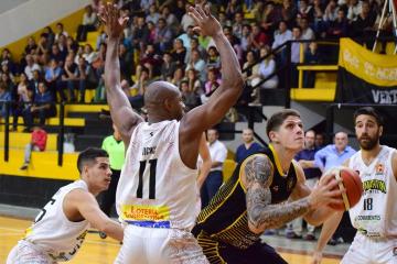Leal vs San Martín.JPG