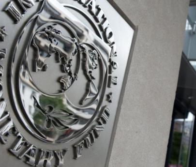 La misión del FMI llega a la Argentina y se reunirá con Lacunza