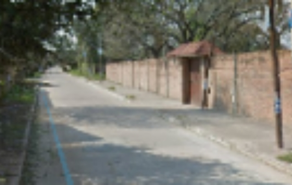 No se salva nada: Le robaron la mochila y la SUBE a un estudiante en el barrio Arazaty