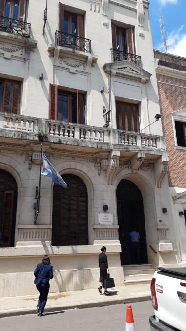 Tribunal x calle Pellegrini.jpg