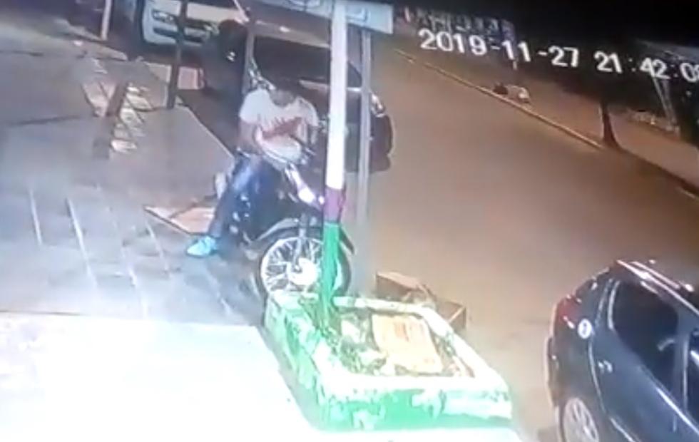 """Video: Cayó """"Oreja"""" tras el robo de una moto en menos de 30 segundos"""