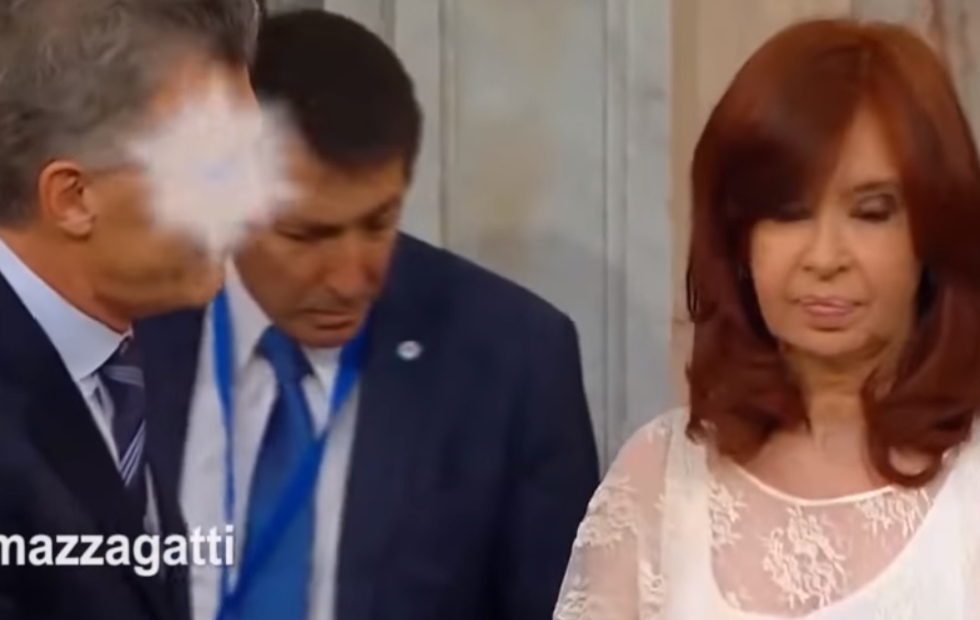 Video viral: La asunción de Alberto Fernández en versión animé