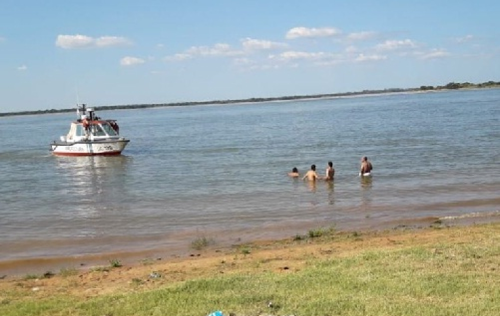 Corrientes: Disfrutaba de un domingo en familia y murió ahogado en el río Paraná