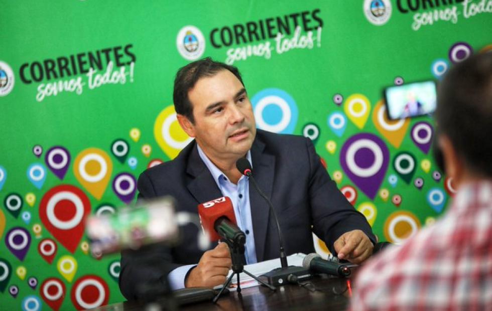 """Gustavo Valdés: """"Los trabajadores correntinos que van al Chaco permanecerán en aislamiento"""""""
