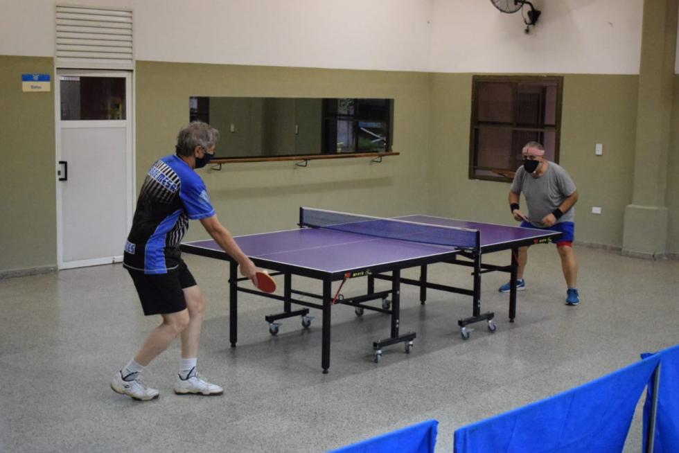 tenis de mesa.jpg