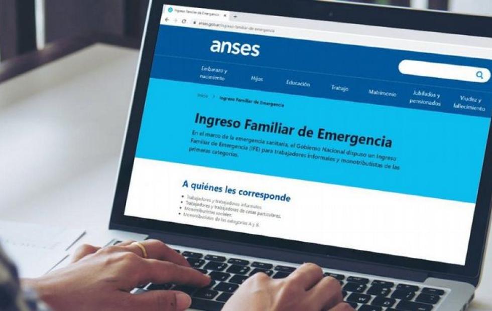El Gobierno oficializó el tercer pago del Ingreso Familiar de Emergencia