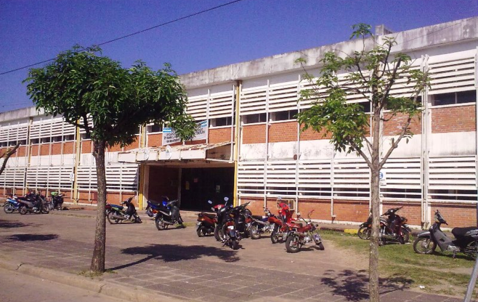 Goya: Alumnos del Colegio Torrent volvieron a las aulas para rendir previas