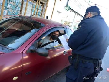 control policial cuarentena 1.jpg