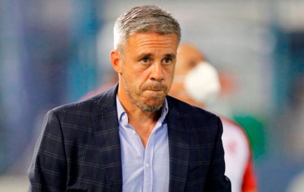 Lucas Pusineri dejó de ser el DT de Independiente