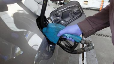 nafta-surtidor-combustible.jpg