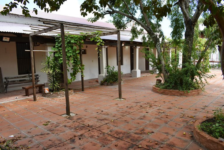 Iglesia Ituzaingo 0144.JPG