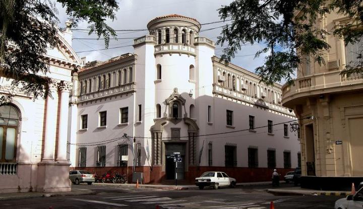 Ministerio de Hacienda.jpg
