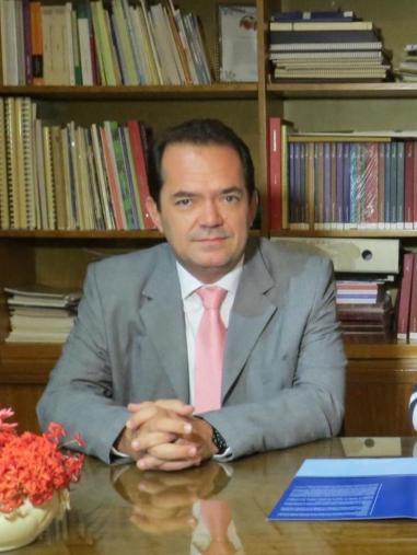 abogado de osnaghi.jpg