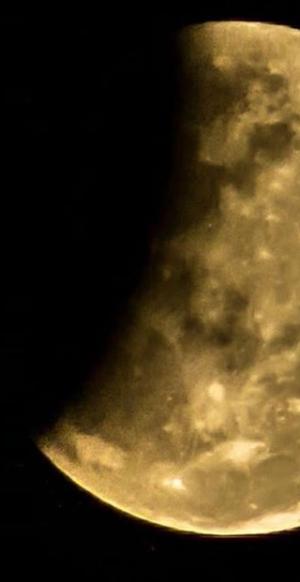 Las increíbles imágenes del eclipse lunar en Corrientes y Chaco