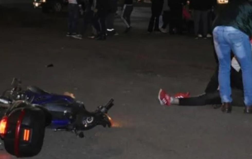 Mujer herida tras ser atropellada por una moto cuando cruzaba la Ruta 12