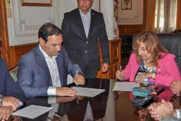 Convenio Gobierno UNNE 16-09-19_4.jpg