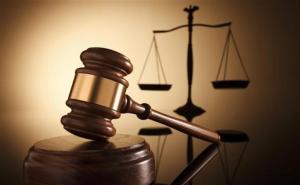 Reducen sanciones económicas por incumplimiento de una orden judicial en un proceso laboral